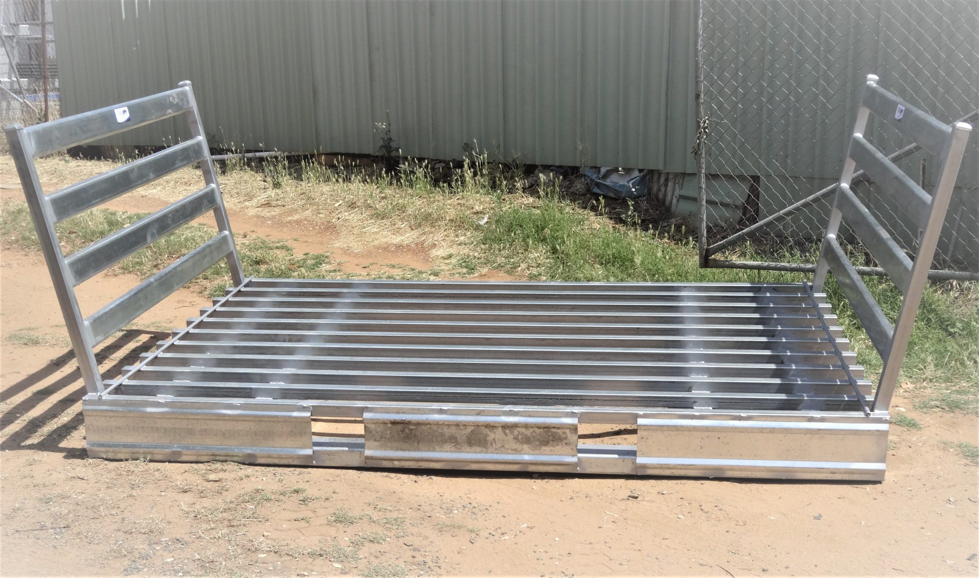 Steel Base Grid (1)