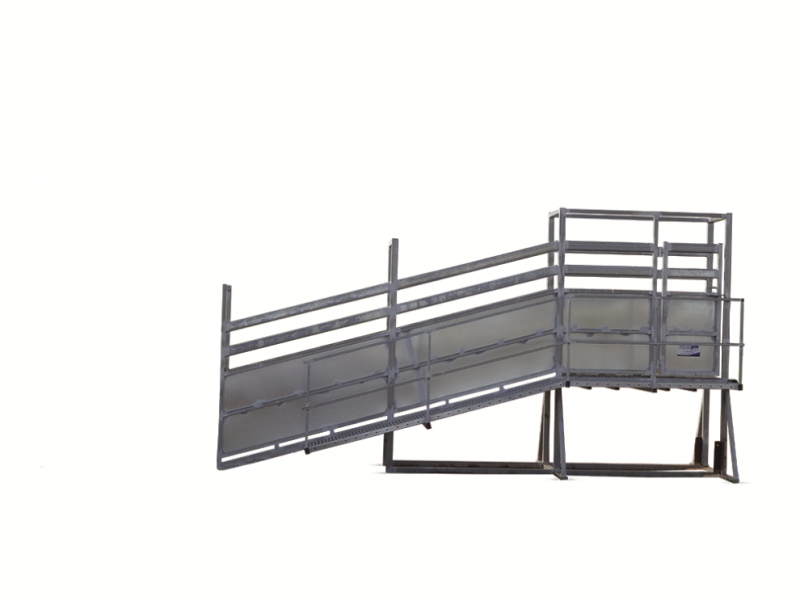 Heavy Duty Permanent cattle Loading Ramp (1)